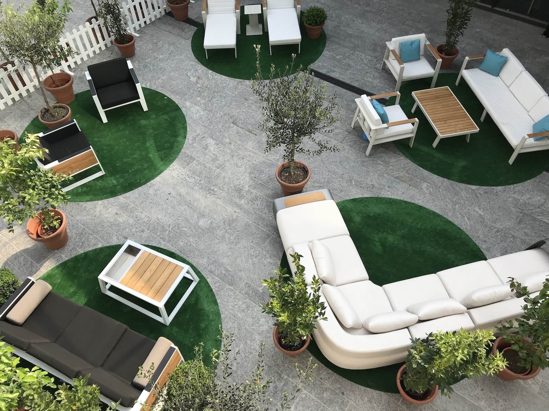 HIGOLD - outdoor design furniture - Taste of Milano 2018